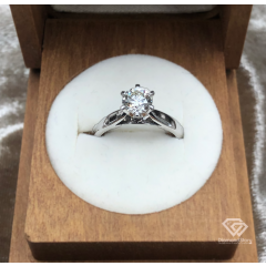 Classic High set 6 claw solitaire ring
