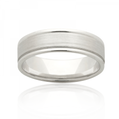Satin finish two tone ring