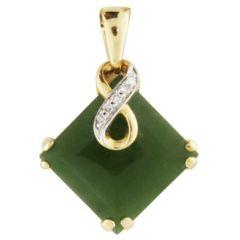 Greenstone Pendant with diamonds in 9K yellow gold
